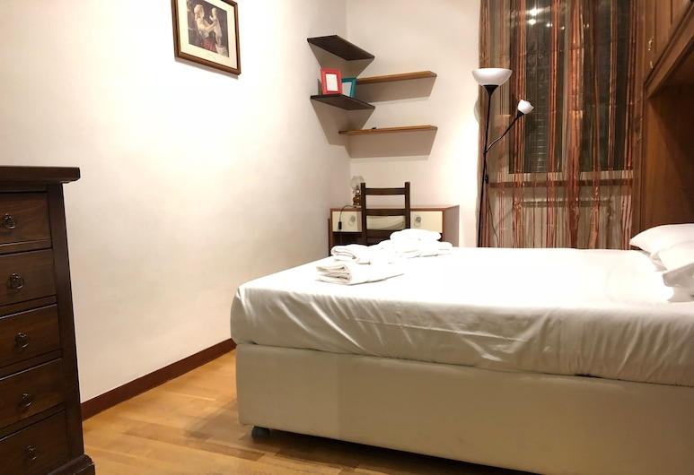 Rome Termini Guest House, Rome, Economy Double Room, Shared Bathroom, Guest Room
