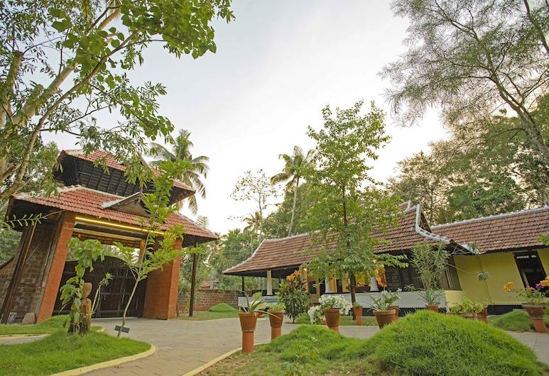 PNA Resort, Kodungallur, Hotel Entrance