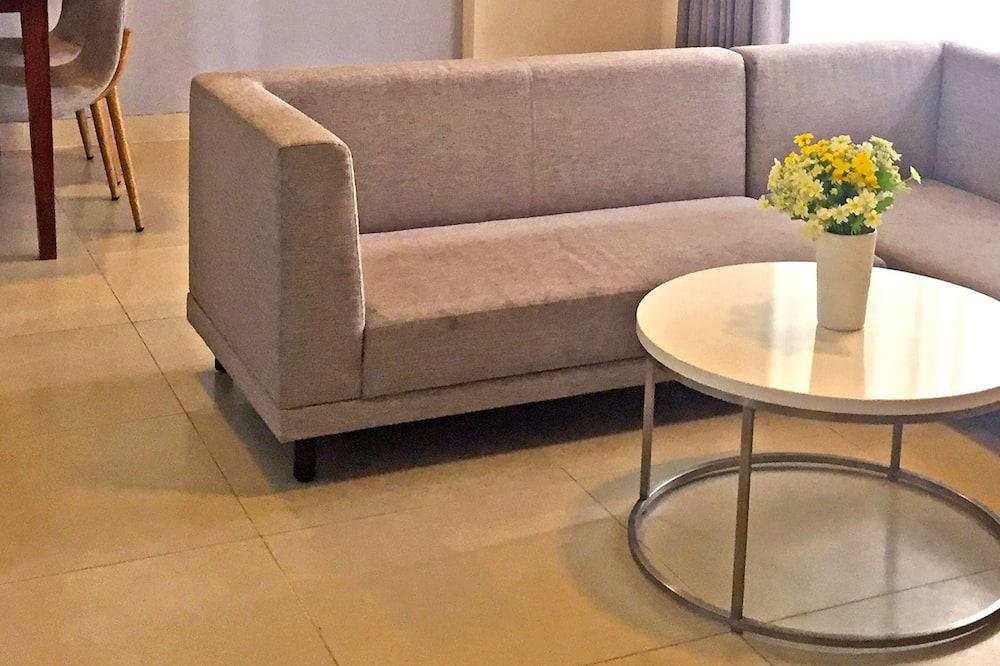 דירה דה-לוקס - סלון