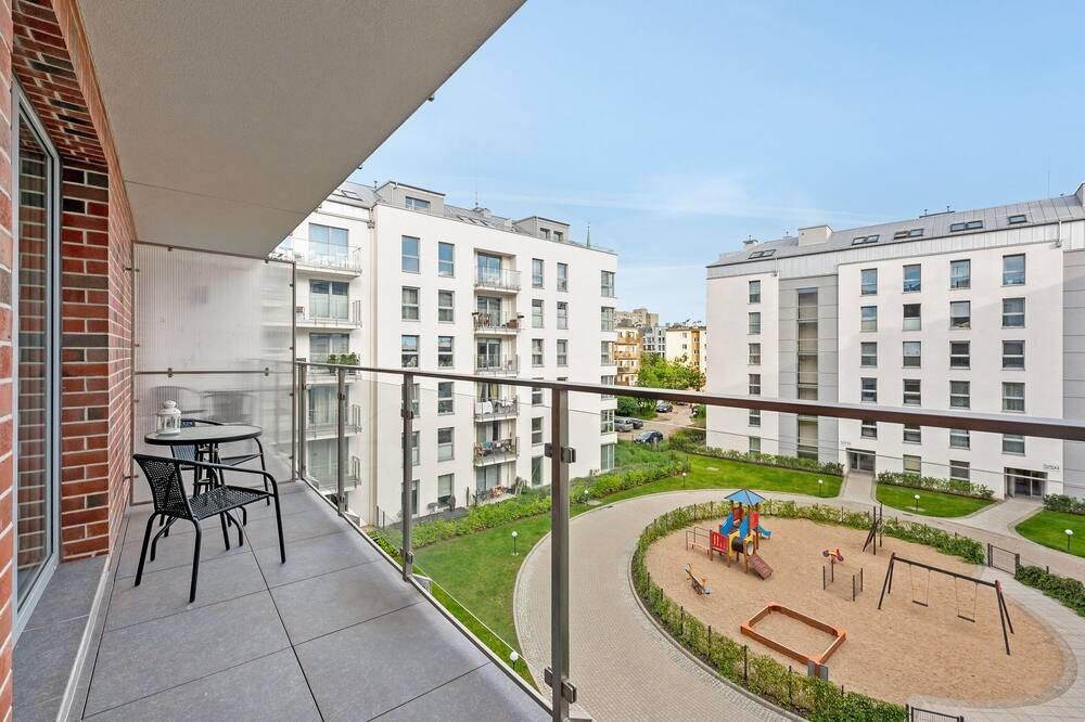 Ģimenes dzīvokļnumurs - Balkons