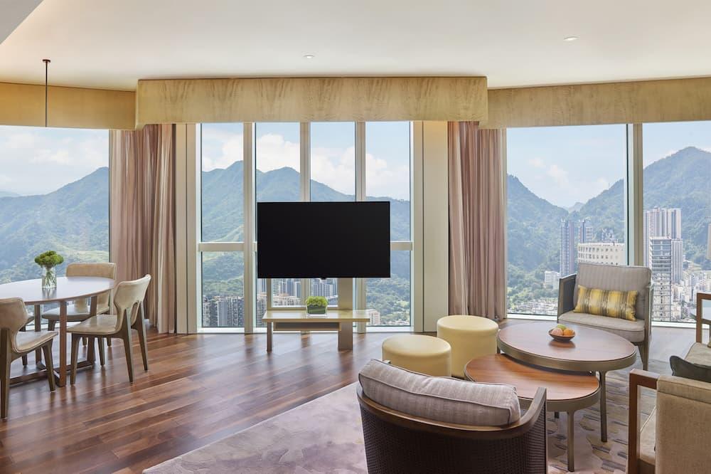 Suite, Ocean View (Regency) - Living Room