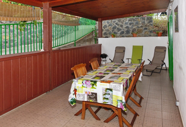 House With 2 Bedrooms in Saint-leu, With Furnished Terrace and Wifi, Saint-Leu, Terrace/Patio