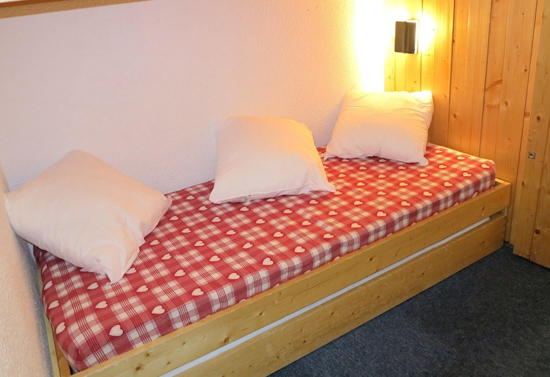 Studio in Bourg-saint-maurice, With Wonderful Mountain View, Furnished Garden and Wifi, Bourg-Saint-Maurice, Studio, Mountain View, Room