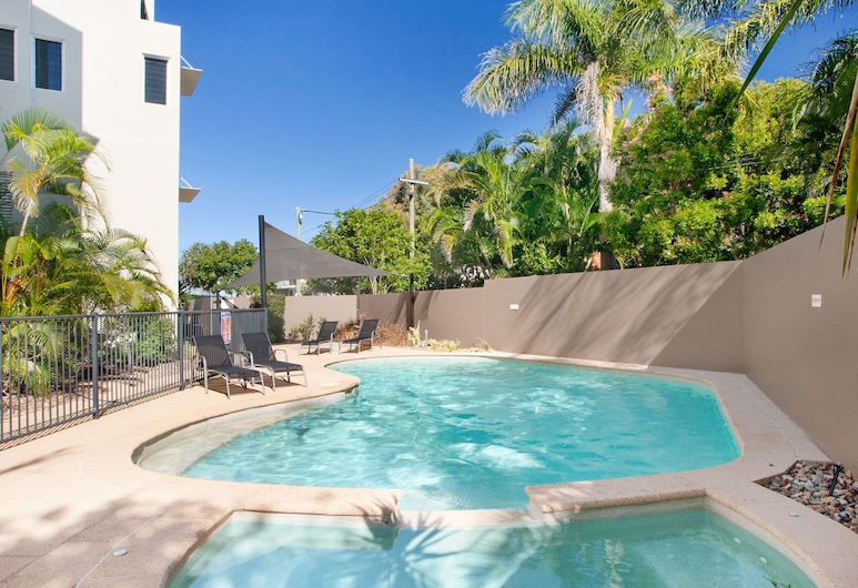 10 Park - Blue Ocean Views - the Beautiful Beaches and Surfing at Your Fingertips, Sunshine Beach