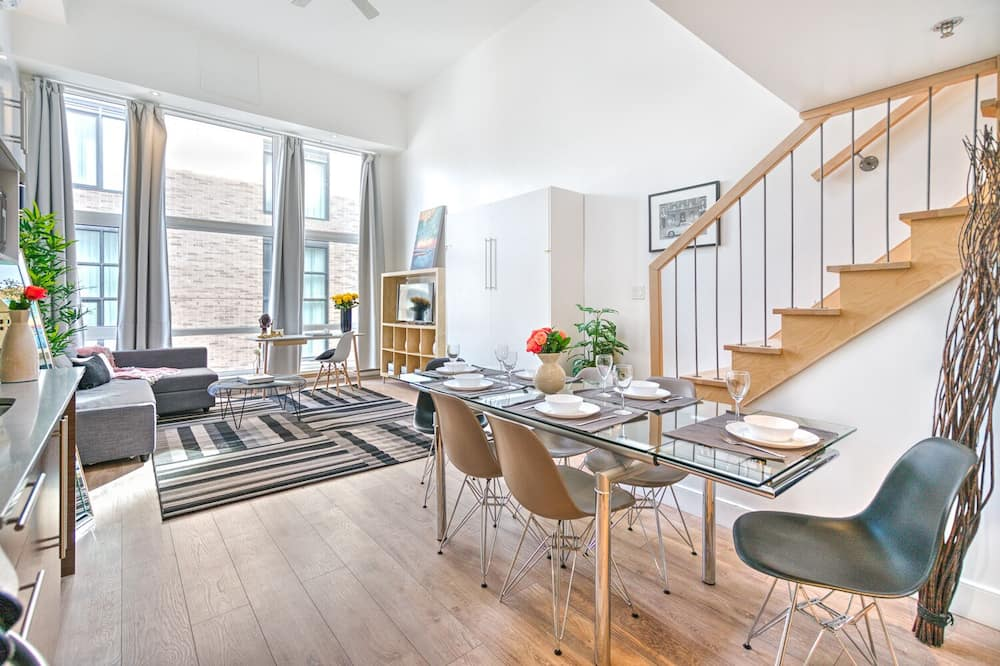 Apartment, 1 Bedroom (Duplex Downtown 502) - Room