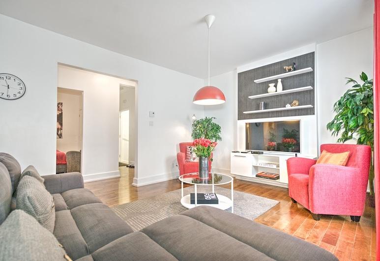The CH2 Plateau Big 4 Bedroom Flat Liv MTL, Montreal, Apartamento (4 Bedrooms), Área de Estar