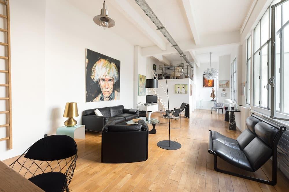 شقة (2 Bedrooms) - الصورة الأساسية