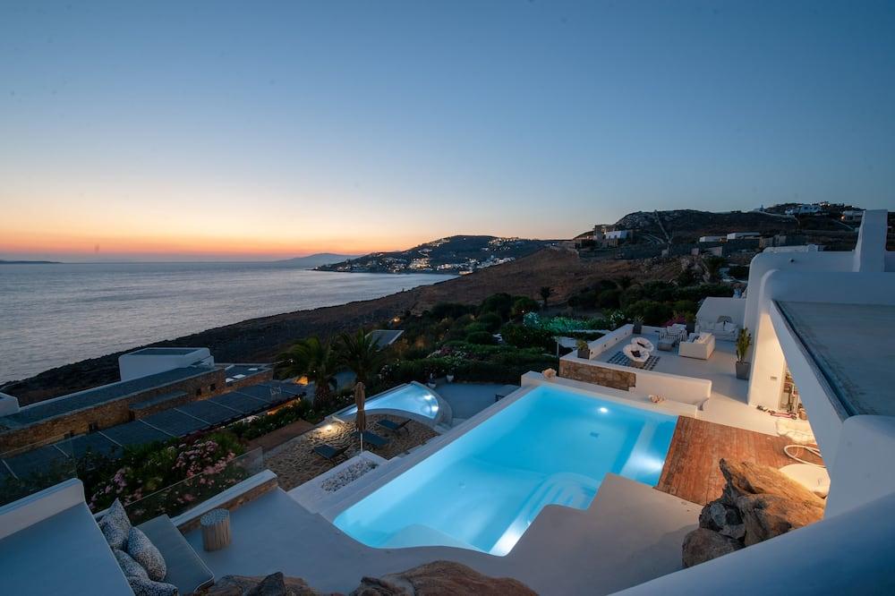 Villa, flere senger - Svømmebasseng
