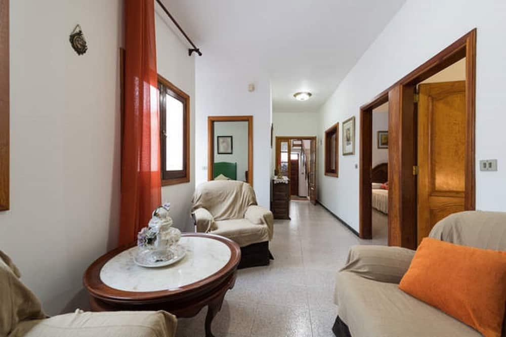 Maison, plusieurs lits - Chambre
