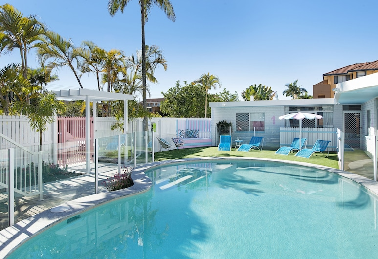 Ventura Beach Motel 2 Bedroom Poolside, Mermaid Beach, Buitenzwembad