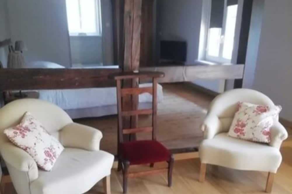 Traditional Room - Ruang Tamu