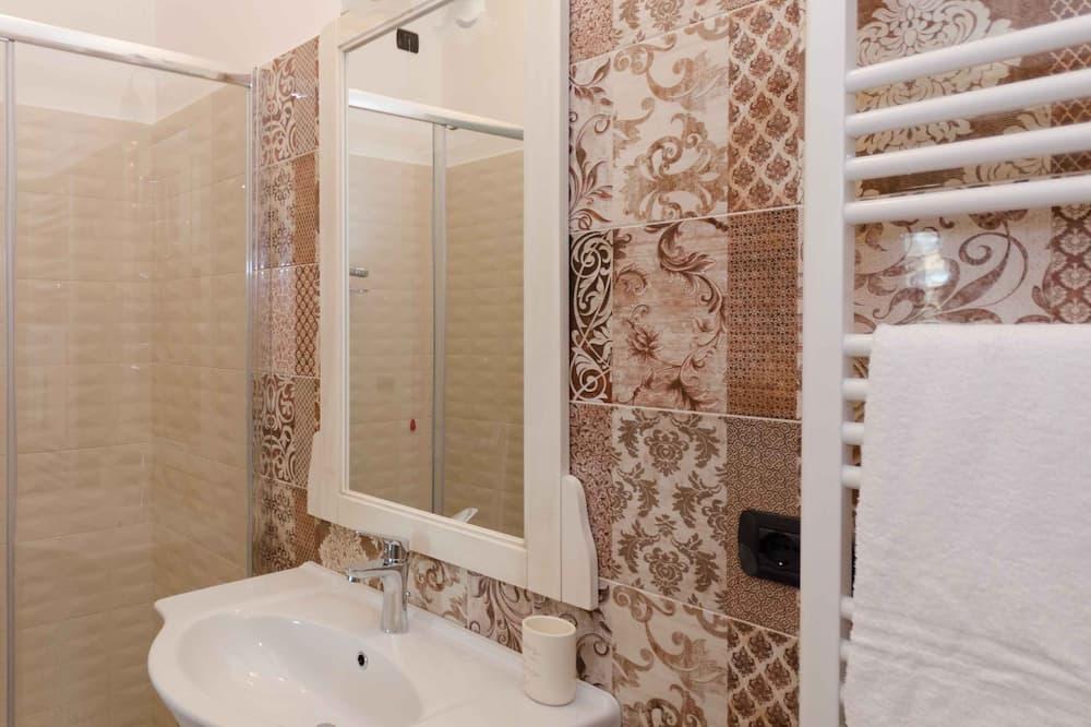ห้องดีลักซ์ดับเบิล, ห้องน้ำในตัว - ห้องน้ำ