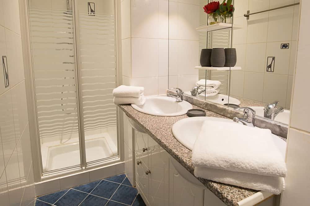 Design-lejlighed - eget badeværelse - byudsigt (Baudelaire T3) - Badeværelse