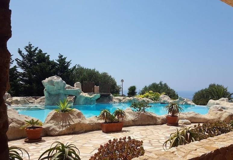 Cascina Coppola Holiday Home, Camerota, Kültéri medence