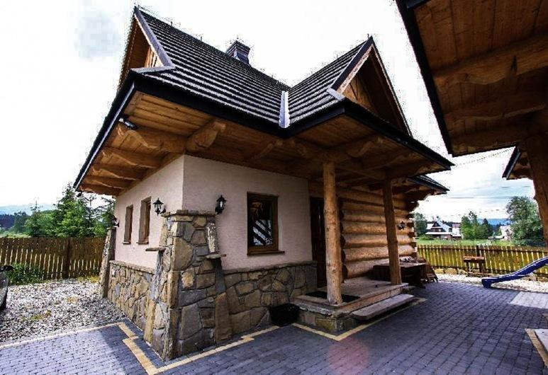 狼之小屋酒店, 波羅寧, 住宿入口