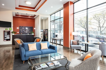 Fotografia do La Quinta Inn and Suites by Wyndham Long Island City em Long Island City