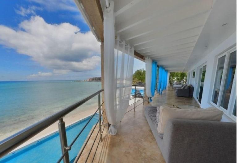 فيلا لا لونا, خليج سمبسون, فيلا - ٥ غرف نوم - لغير المدخنين, شُرفة