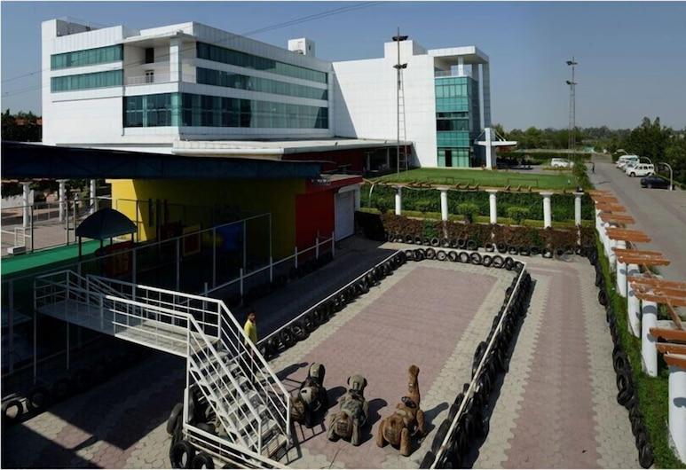 Hotel Amer Greens, Bhopal