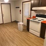 Basic Room - Shared kitchen facilities