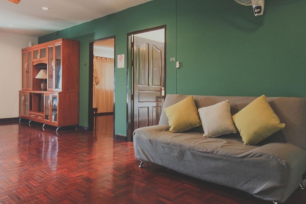 Standard Double Room with Shared Bathroom - Dnevni boravak