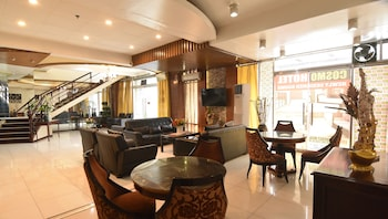 마닐라의 코스모 호텔 에스파냐 - UST 근처 사진
