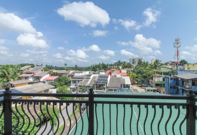 OYO 296 Hotel Queensbury, Colombo, Deluxe Double Room, Balcony