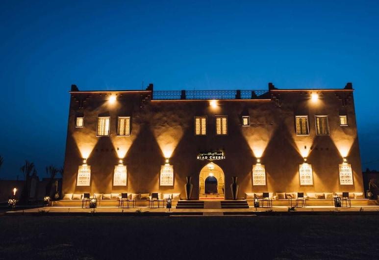 Riad Chebbi, Taouz, Hotelfassade am Abend/bei Nacht