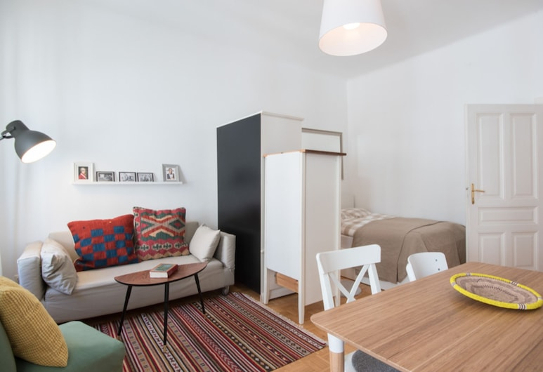Green and Quiet Apartment - 15 minutes to the center, Viena