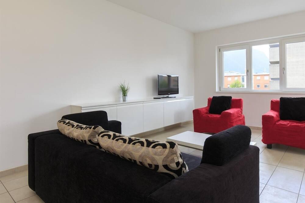 דירה, 2 חדרי שינה, מרפסת, נוף לעיר - אזור מגורים