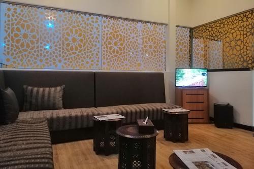 新日子酒店/