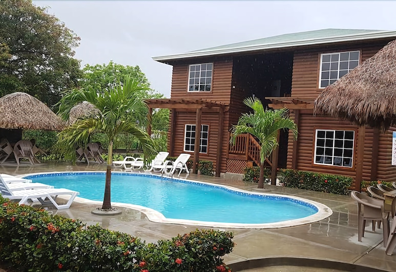 Hotel y Cabañas Playa Caribe, טלה