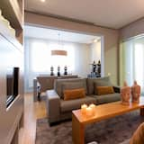 Penthouse, 3 Bedrooms - Living Room