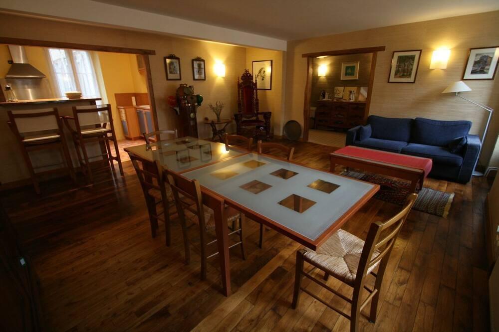 Kır Evi, 4 Yatak Odası - Oturma Alanı