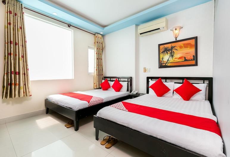 OYO 252 Sai Gon Vang, Ho Chi Minh City, Pokój dla 4 osób Deluxe, Pokój