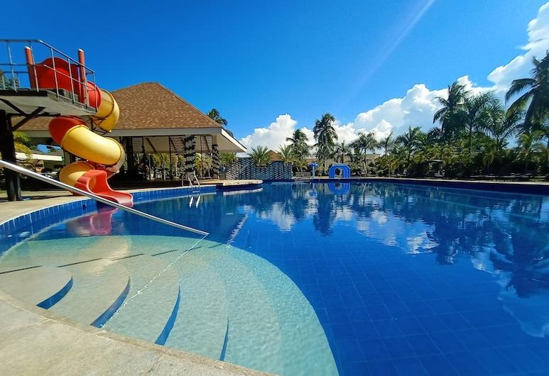 San Pedro Country Farm Resort Inc, Cantilan, Piscina Exterior