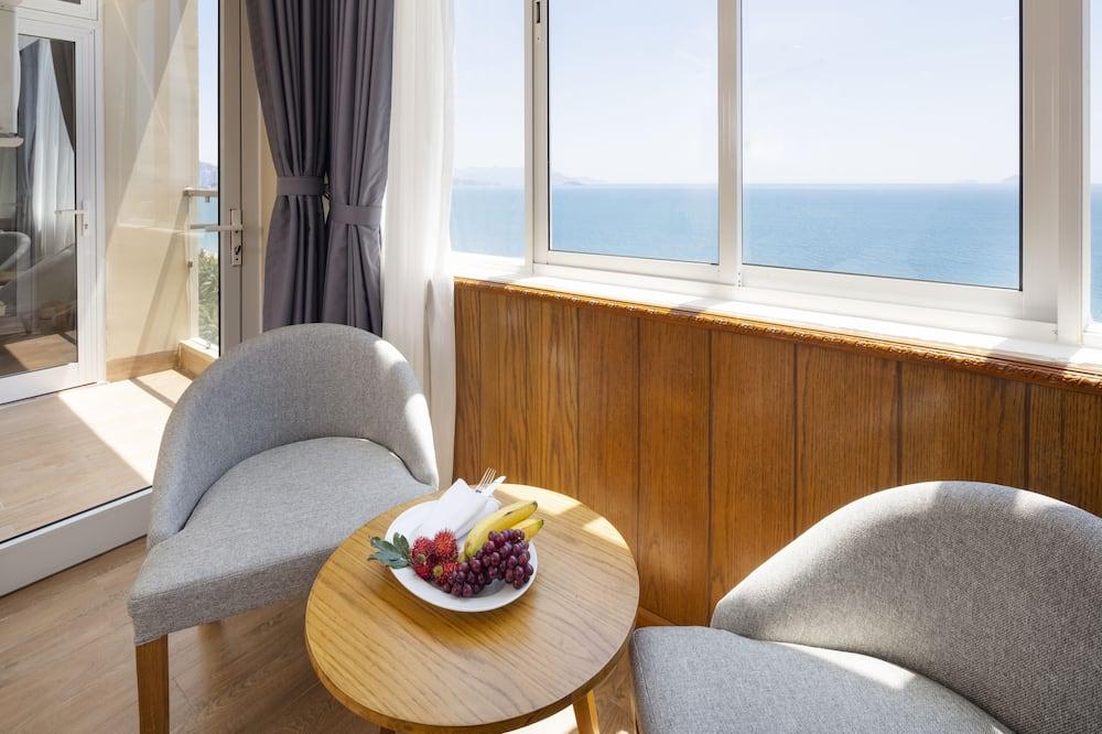 Superior Tek Büyük veya İki Ayrı Yataklı Oda, Şehir Manzaralı - Plaj/Okyanus Manzarası