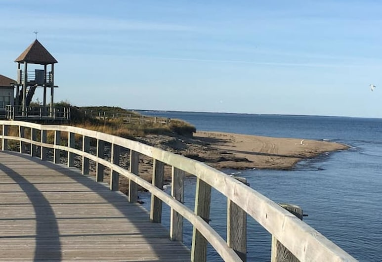 Apartment With 2 Bedrooms in Bouctouche, With Furnished Garden and Wifi - 42 km From the Beach, Bouctouche, Beach