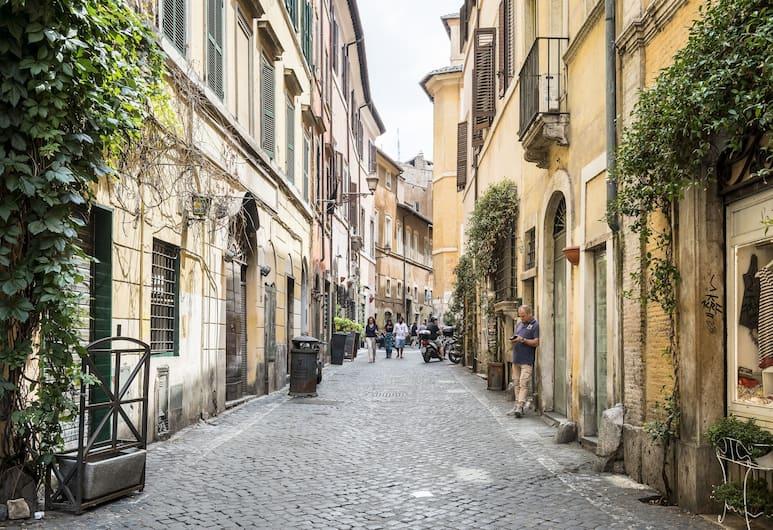 Sweet Inn - Trastevere - Cipresso, רומא, דירת סיטי, חדר שינה אחד (Via del Cipresso, 1), נוף לרחוב
