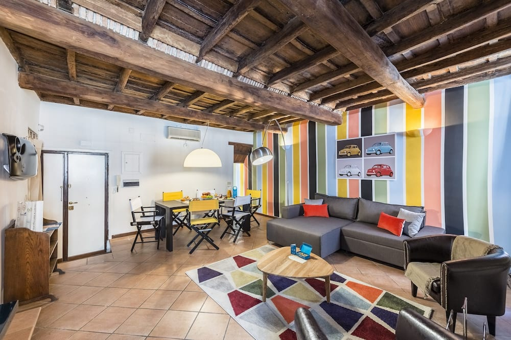 City appartement, 2 slaapkamers (Via Urbana 125) - Woonkamer