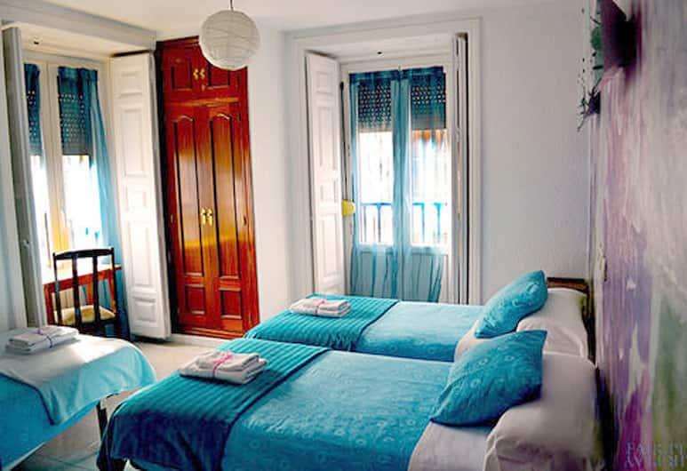 Hostal Veracruz  , Madrid, Trokrevetna soba, Soba za goste