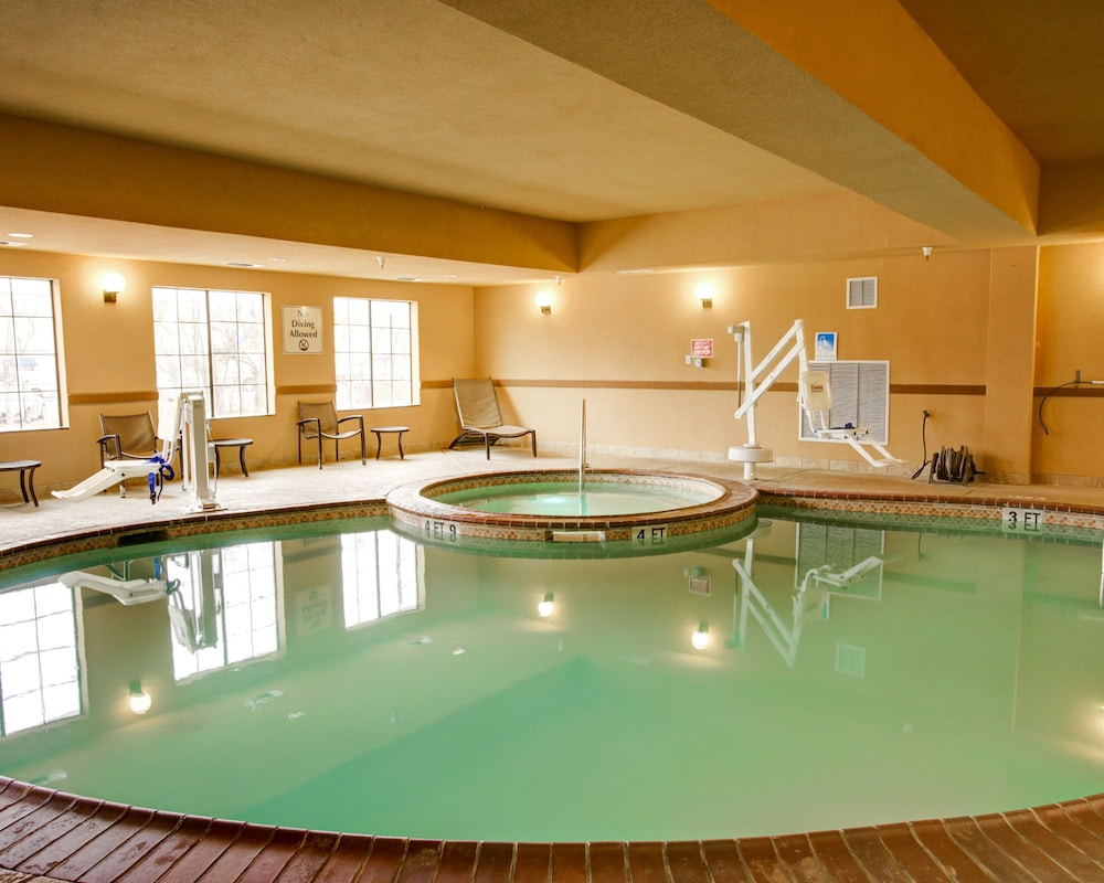 Comfort Suites Buda Austin South Indoor Pool