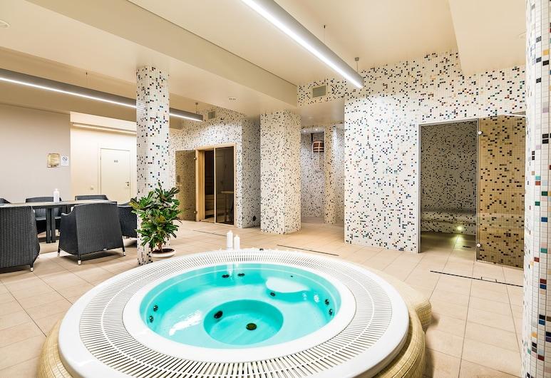 Victoria hotel Kaunas, Kaunas, Indoor Spa Tub