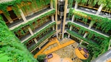 Golden Sands hotel photo