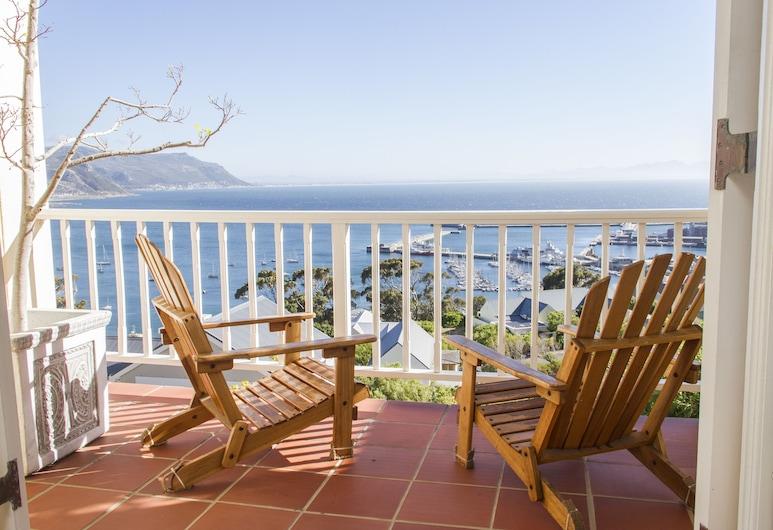 Albatross Guest House, Cape Town, Apartment, 2 Bedrooms, Garden Area, Balcony