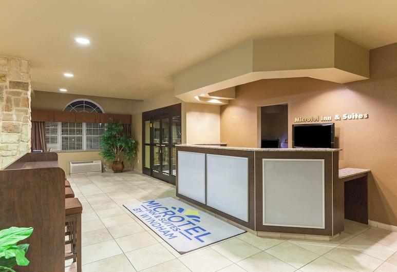 Microtel Inn & Suites by Wyndham Searcy, Сірсі, Реєстрація