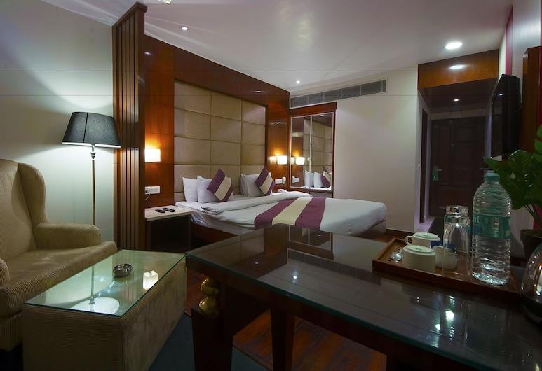 Hotel Aura, New Delhi, Premium Room with Airport Pick-up & Drop, Guest Room