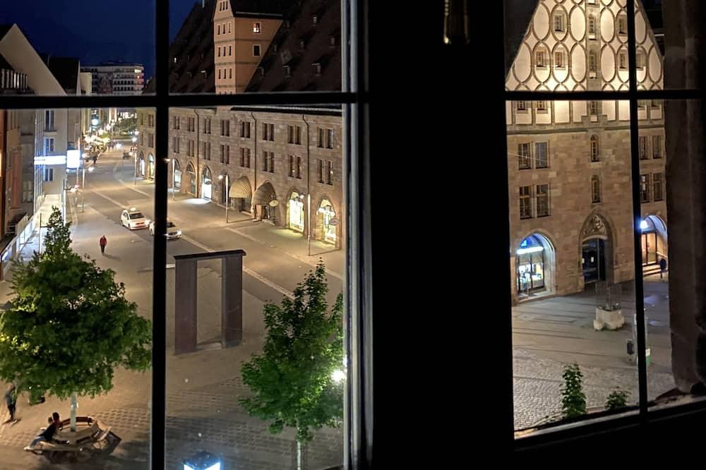 Romantická dvojlôžková izba - Výhľad z hosťovskej izby