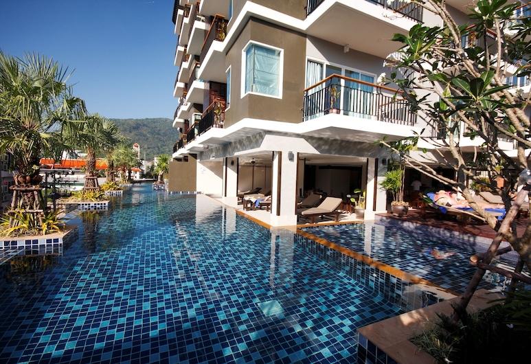 안다키라 호텔, 파통, 야외 수영장