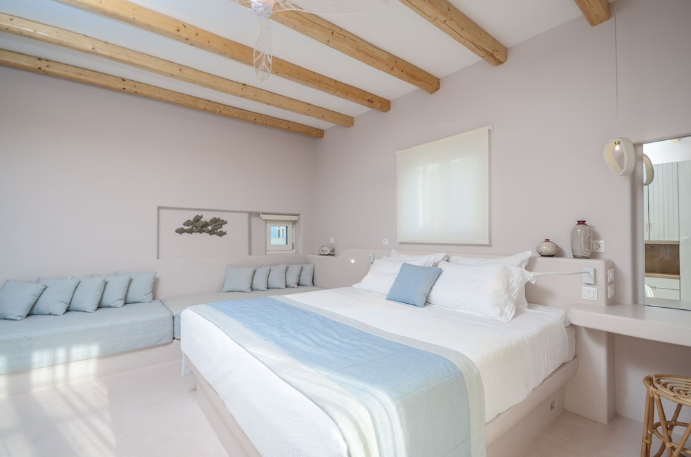 Antony Suites and Residences - Adults Only, Naxos