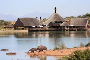 Picture of Buffelsdrift Game Lodge in Oudtshoorn